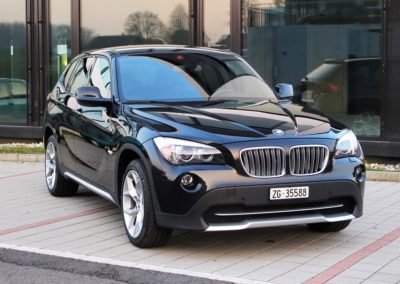 BMW X1 28i