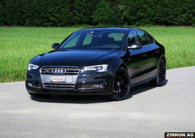 Audi S5 SB black
