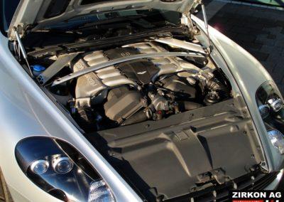Aston Martin DB9 (1)