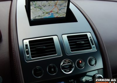 Aston Martin Vantage V8 4 (14)