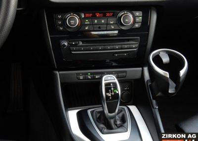 BMW X1 25d xDrive white (16)