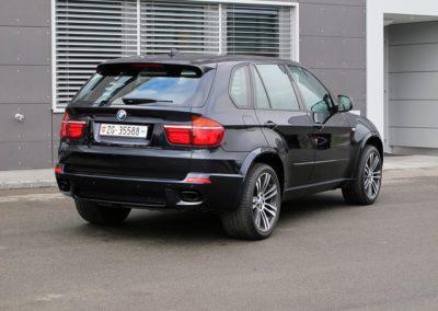 BMW X5 M50d 02