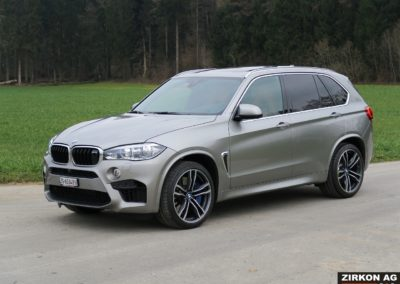 BMW X5M b