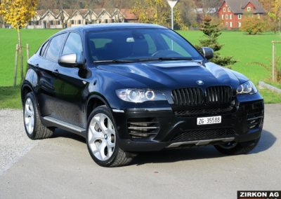 BMW X6 M50d black (2)