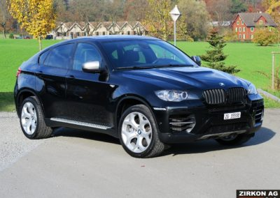 BMW X6 M50d black (3)