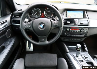 BMW X6 M50d black (9)