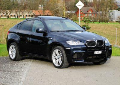 BMW X6M blue (2)