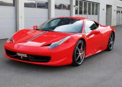 Ferrari 458 red stripes (1)