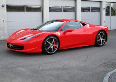 Ferrari 458 red stripes (3)