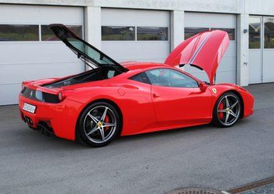 Ferrari 458 red stripes (7)