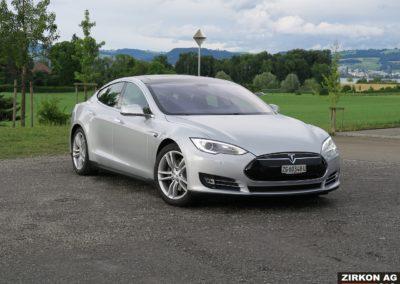 Tesla Model S 85