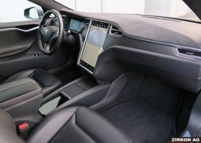 TESLA Model S 90D 10