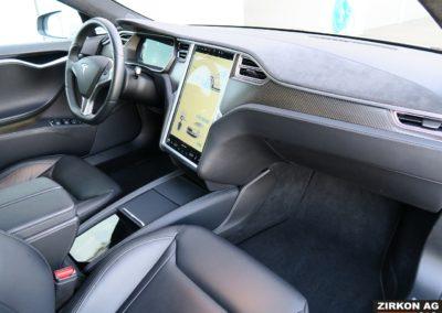 TESLA Model S 90D silber 13