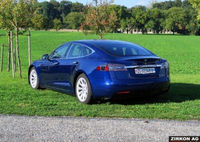 TESLA S90D blau 08