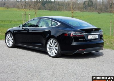 Tesla Model S 85P black beige (1)