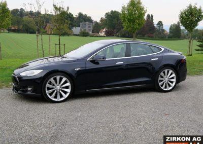 Tesla Model S P85 Plus (1)
