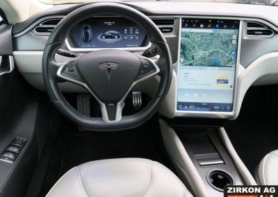 Tesla Model S P85 Plus (15)