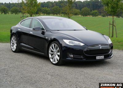 Tesla Model S P85 Plus (7)