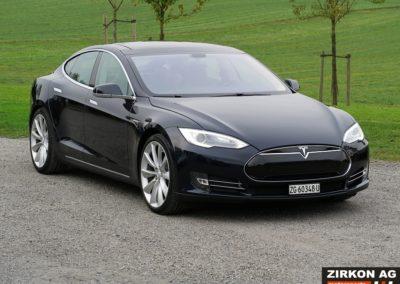 Tesla Model S P85 Plus