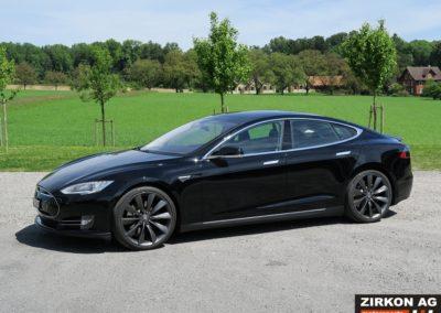 Tesla Model SP85 black black (4)