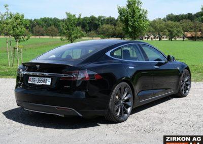 Tesla Model SP85 black black (5)