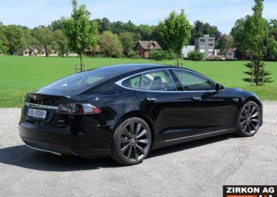 Tesla Model SP85 black black (7)