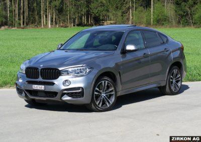 BMW X6 M50d F16 grau 02