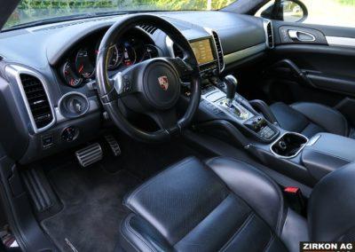 PORSCHE Cayenne Turbo 2010 33