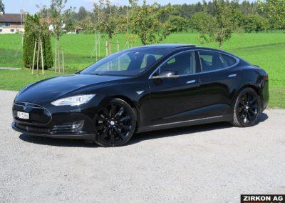 Tesla Model S P85D15