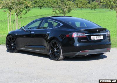 Tesla Model S P85D17