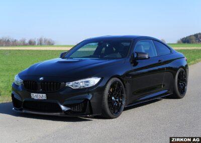 BMW M4 CS-Line 01