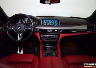 BMW X5M 10