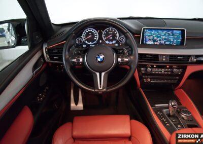 BMW X5M 13