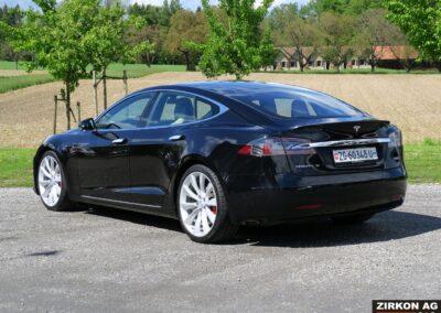 TESLA Model S P100DL 03