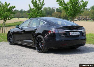 TESLA Model S P100DL Felgen schwarz 02