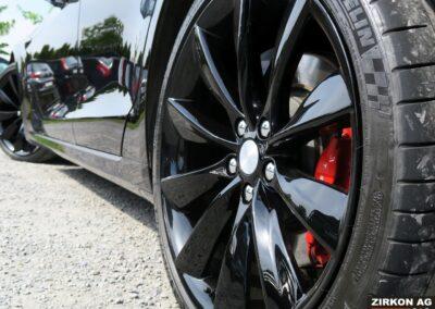 TESLA Model S P100DL Felgen schwarz 06